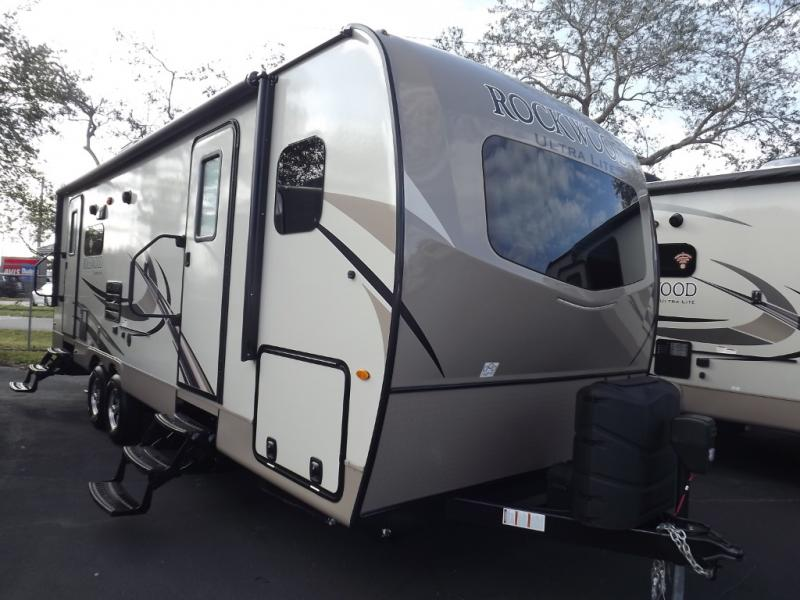 New 2018 Forest River RV Rockwood Ultra Lite 2604WS Photo