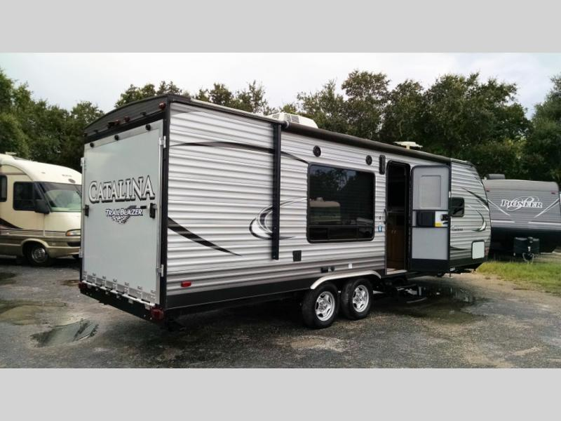 Used 2018 Coachmen RV Catalina Trail Blazer 26TH Photo