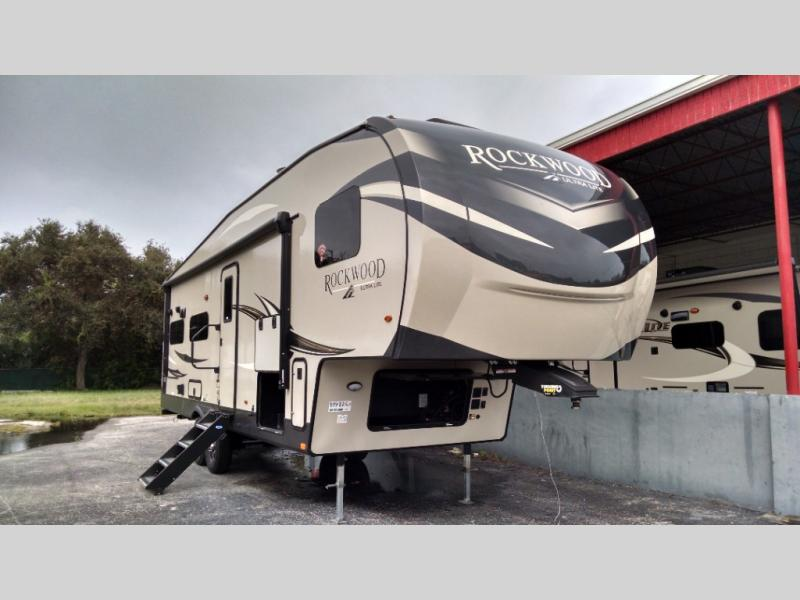 New 2021 Forest River RV Rockwood Ultra Lite 2881S Photo