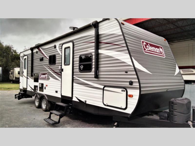 Used 2018 Dutchmen RV Coleman Lantern Series 263BHWE Photo