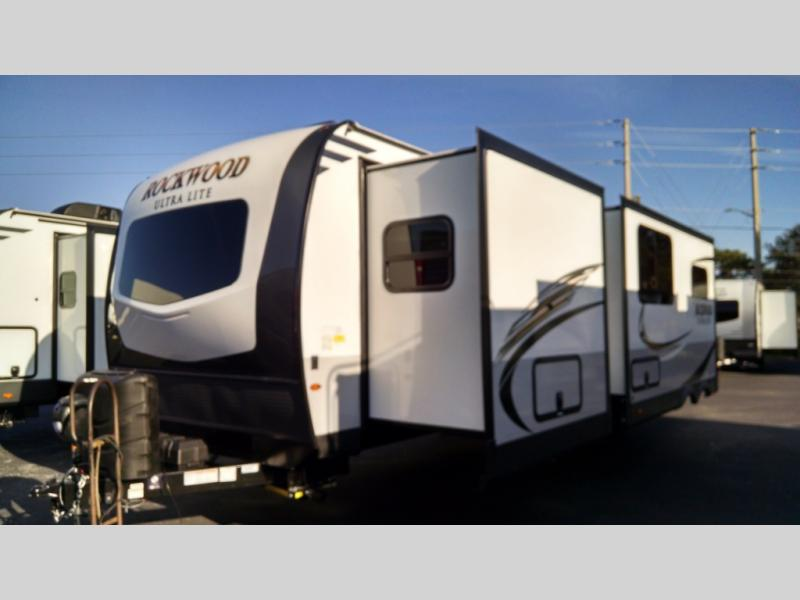 New 2021 Forest River RV Rockwood Ultra Lite 2911BS Photo