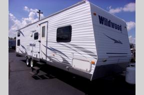 Used 2008 Forest River RV Wildwood 31QBSS Photo