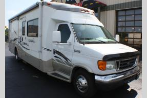 Used 2007 Winnebago Cambria 29H Photo