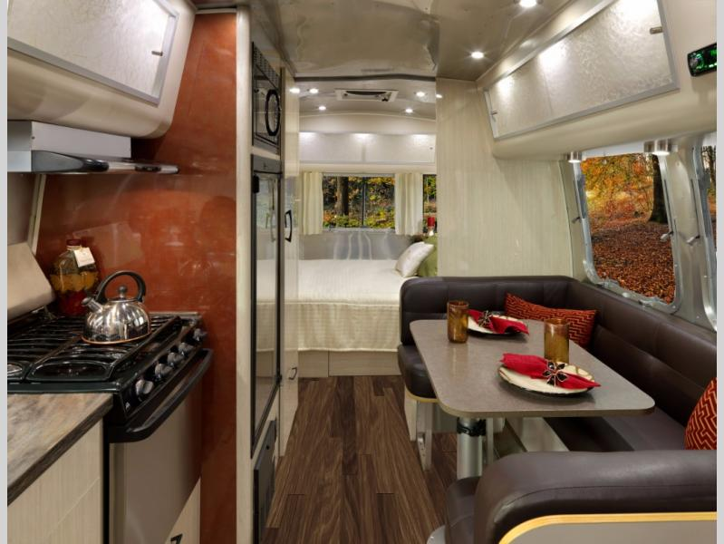 New 2019 Airstream Rv International Serenity 23cb Travel