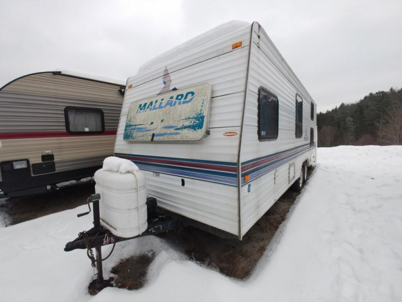 Used 1997 Fleetwood RV MALLARD 25A Travel Trailer at Country