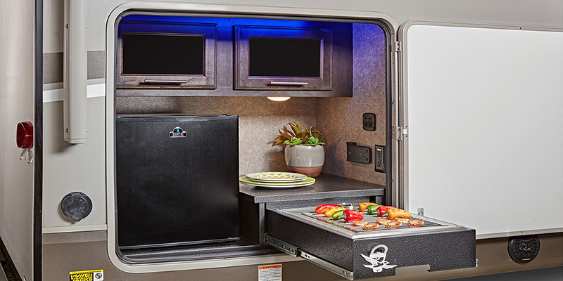 Jayco Eagle HT Fifth Wheel Outdoor Kitchen