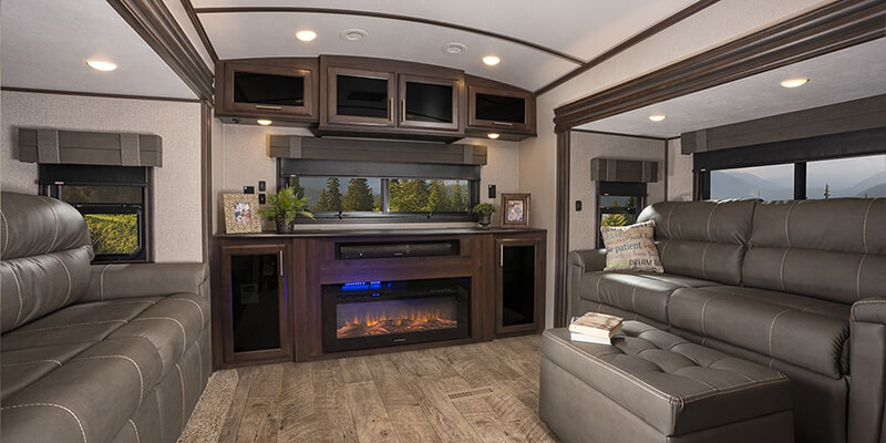 Inside Jayco North Point Fifth Wheel
