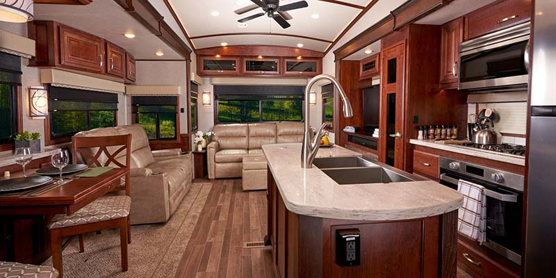 Inside Jayco Pinnacle Fifth Wheel