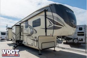 Used 2018 Jayco North Point 375BHFS Photo