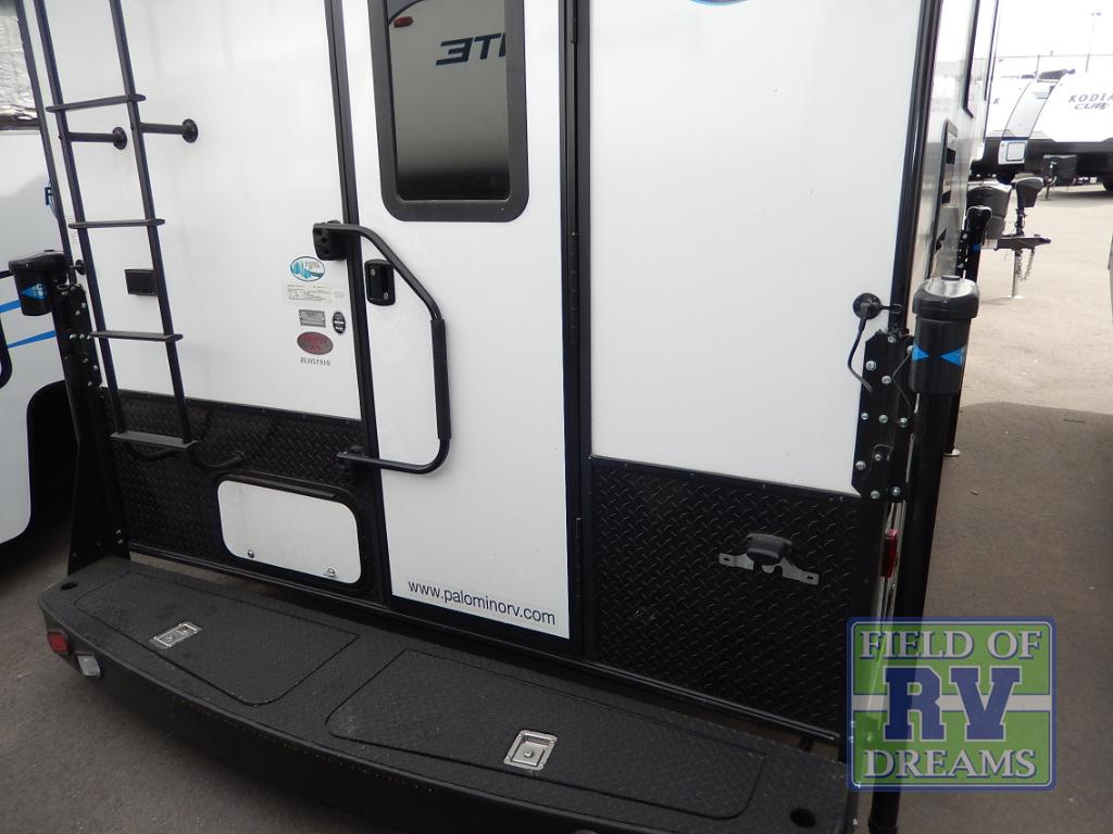 New 2018 Palomino Real-Lite HS 1910 Truck Camper at Western