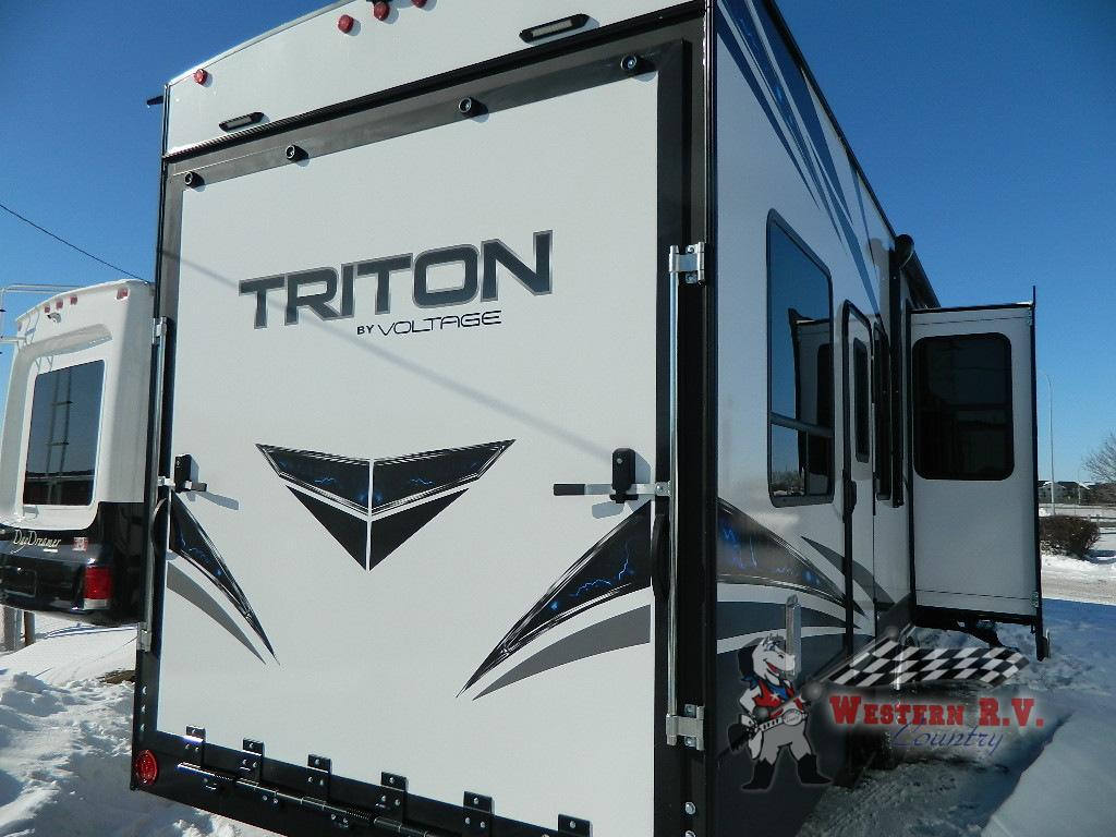 New 2019 Dutchmen Rv Triton 3531 Toy Hauler Fifth Wheel At