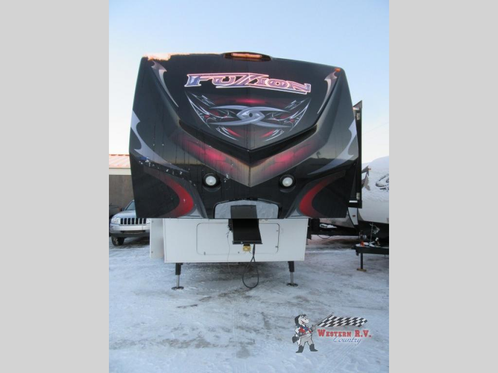 Used 2013 Keystone Rv Fuzion 310 Toy Hauler Fifth Wheel At