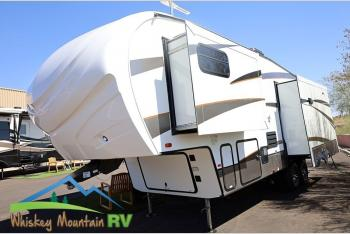Used 2016 Forest River RV Wildcat 295RSX - 33' Triple Slide - Automatic Leveling - 1/2 Ton Towable Photo