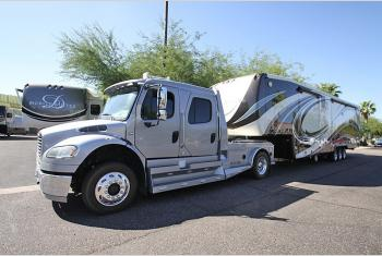Used 2013 Freightliner Freightliner Crew Cab M2 106 Hauler SportChassis 61K Miles Photo