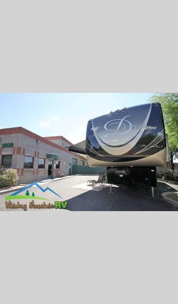 Used 2015 DRV Luxury Suites Elite Suites 44 Houston Photo