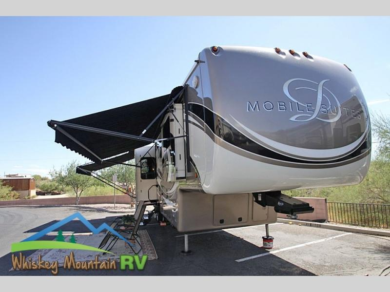 40' QUAD SLIDE DUAL PATIO AWNINGS SATELLITE WASHER / DRYER
