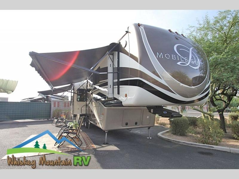 NEARLY 41 FOOT, QUAD SLIDE, PARTIAL PAINT WITH FULL CLEAR COAT AND DUAL POWER PATIO AWNINGS
