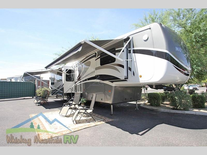 40 FOOT QUAD SLIDE PAINTED GRAPHICS DUAL PATIO AWNINGS SATELLITE