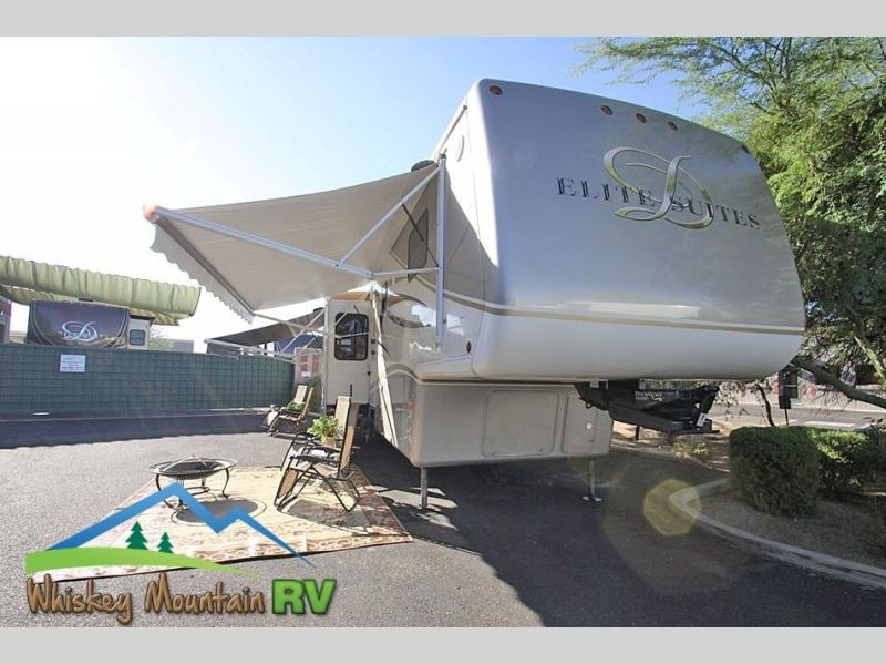 38 FOOT TRIPLE SLIDE DOUBLE POWER PATIO AWNINGS NEW TIRES MANY MANY MODERN UPDATES