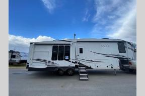 New 2021 Jayco Eagle 317RLOK Photo