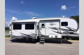 New 2021 Highland Ridge RV Light LF291RLS Photo