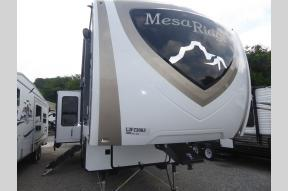 New 2020 Highland Ridge RV Mesa Ridge MF284RLS Photo