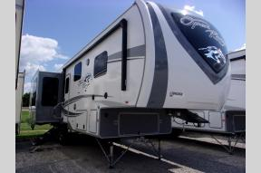 New 2020 Highland Ridge RV Open Range OF284RLS Photo