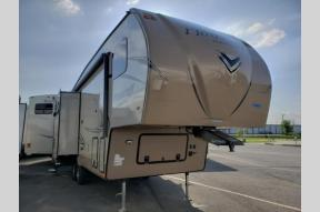 New 2019 Forest River RV Flagstaff 526KSWSC Photo