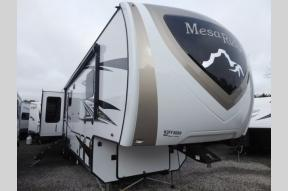New 2019 Highland Ridge RV Mesa Ridge MF371MBH Photo