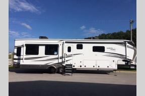 New 2021 Jayco North Point 387FBTS Photo