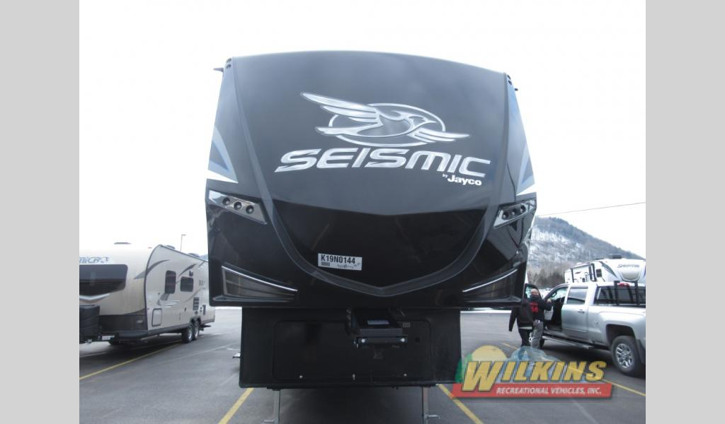 New 2019 Jayco Seismic 4113 Toy Hauler Fifth Wheel At