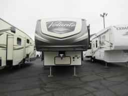 Used 2018 CrossRoads RV Volante 280RL Photo