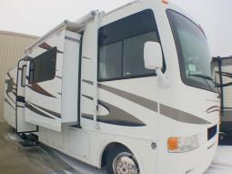 Used 2012 Thor Motor Coach Hurricane 32D Photo