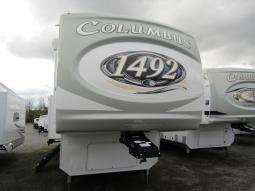 New 2021 Palomino Columbus 1492 366RL Photo