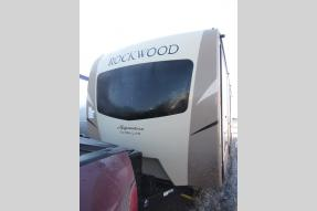 New 2018 Forest River RV Rockwood Signature Ultra Lite 8328BS Photo
